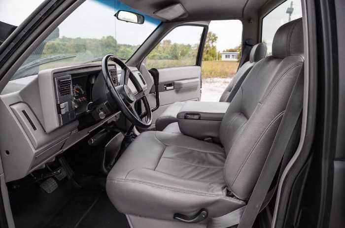 2022 Chevrolet Kodiak Interior