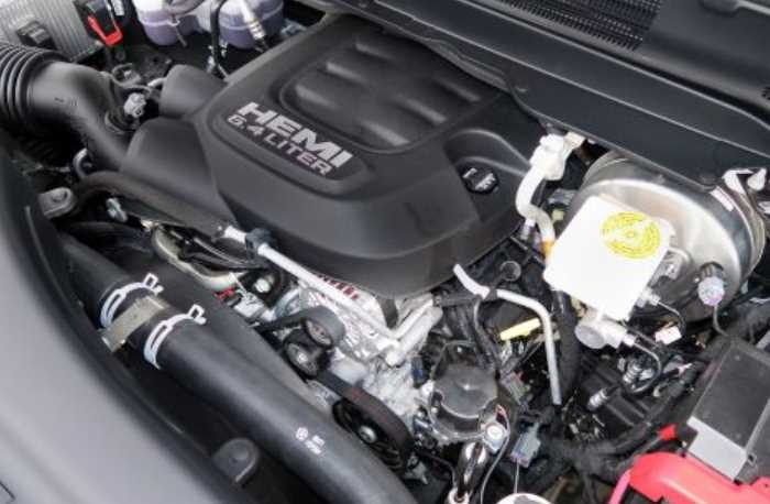 2022 Chevrolet Silverado 3500HD Engine