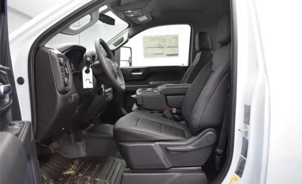 2023 Chevy Silverado 2500 Interior