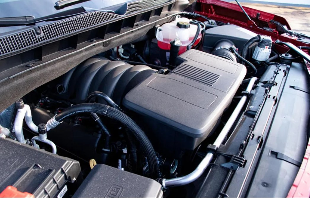 2023 Chevy Tahoe SS Engine